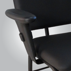 cadeira para obesos com apoio de braços
